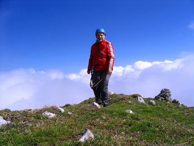 Foto: Andreas Koller / Klettersteig Tour / Hochturm - Nordflankensteig (2088 m) / Am Gipfel des Hochturm / 18.09.2007 01:15:27