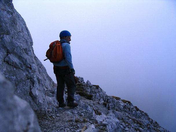 Foto: Andreas Koller / Klettersteig Tour / Hochturm - Nordflankensteig (2088 m) / Im Abstieg / 18.09.2007 01:11:11