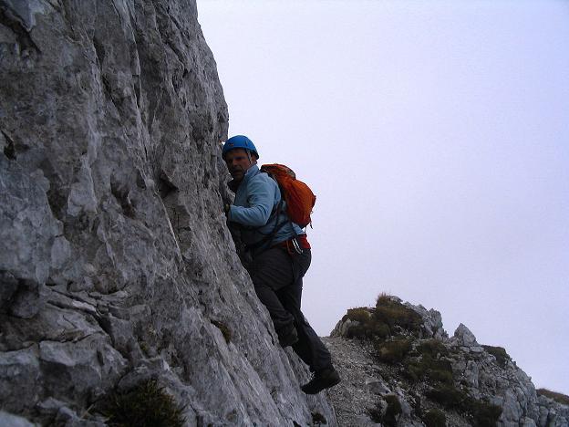 Foto: Andreas Koller / Klettersteig Tour / Hochturm - Nordflankensteig (2088 m) / Im Fels der NW-Flanke / 18.09.2007 01:10:02