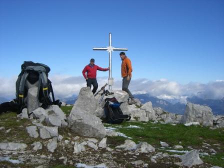 Foto: dobratsch11 / Wander Tour / Jof di Miezegnot (Mittagskofel) 2087m / Am Gipfel / 24.09.2007 16:53:45