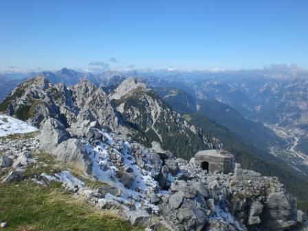 Foto: dobratsch11 / Wander Tour / Jof di Miezegnot (Mittagskofel) 2087m / Der Mittagskofezug mit M. Piper und dem Due Pizzi / 24.09.2007 16:53:30