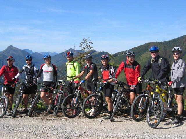 Foto: Jürgen Lindlbauer / Mountainbike Tour / Von Reichraming über das Aueralmbachtal auf die Hohe Dirn / Auf der Anhöhe Geißhanslniedern / 25.09.2007 13:01:11