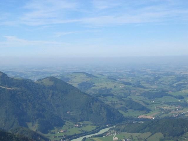 Foto: Jürgen Lindlbauer / Mountainbike Tour / Von Reichraming über das Aueralmbachtal auf die Hohe Dirn / Blick Richtung unteres Ennstal von der Hohen Dirn / 25.09.2007 12:56:53