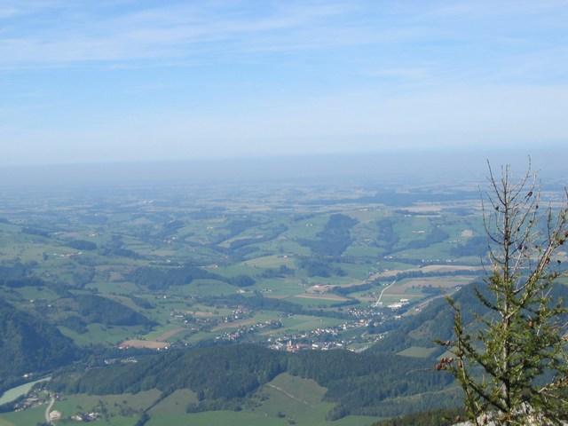 Foto: Jürgen Lindlbauer / Mountainbike Tour / Von Reichraming über das Aueralmbachtal auf die Hohe Dirn / Blick Richtung unteres Ennstal von der Hohen Dirn / 25.09.2007 12:56:39