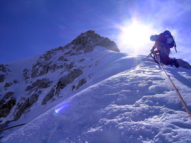 Foto: Andreas Koller / Wander Tour / Über die Steinerscharte zur Adamekhütte (2721 m) / Bei Schnee gefährlicher Anstieg in die Steiner Scharte / 28.09.2007 19:15:54