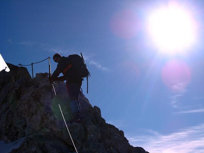 Foto: Andreas Koller / Klettersteig Tour / Westgrat Koppenkarstein neu (2865 m) / Die ersten Meter am W-Grat / 28.09.2007 20:01:10