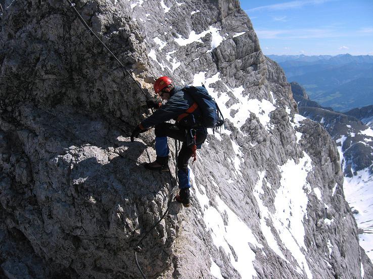 Foto: Andreas Koller / Klettersteig Tour / Westgrat Koppenkarstein neu (2865 m) / Mit Luft unter den Sohlen am W-Grat / 28.09.2007 19:49:27