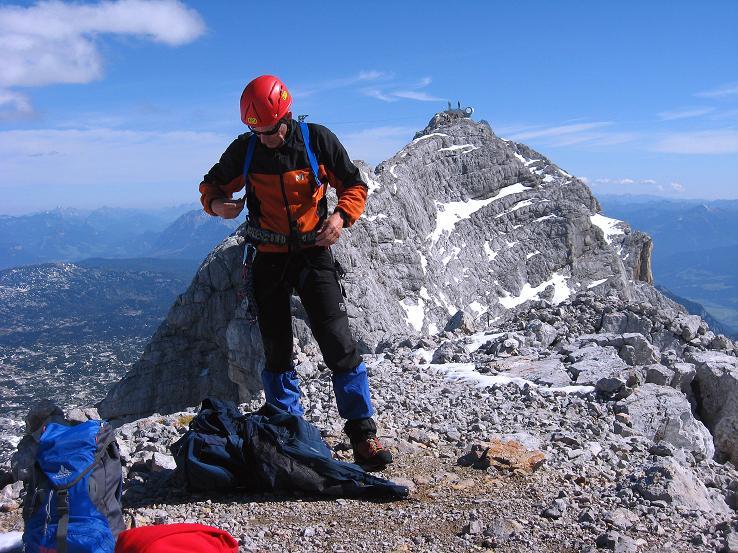 Foto: Andreas Koller / Klettersteig Tour / Westgrat Koppenkarstein neu (2865 m) / Am Kleinen Koppenkarstein mit Blick auf den Hauptgipfel / 28.09.2007 19:47:40