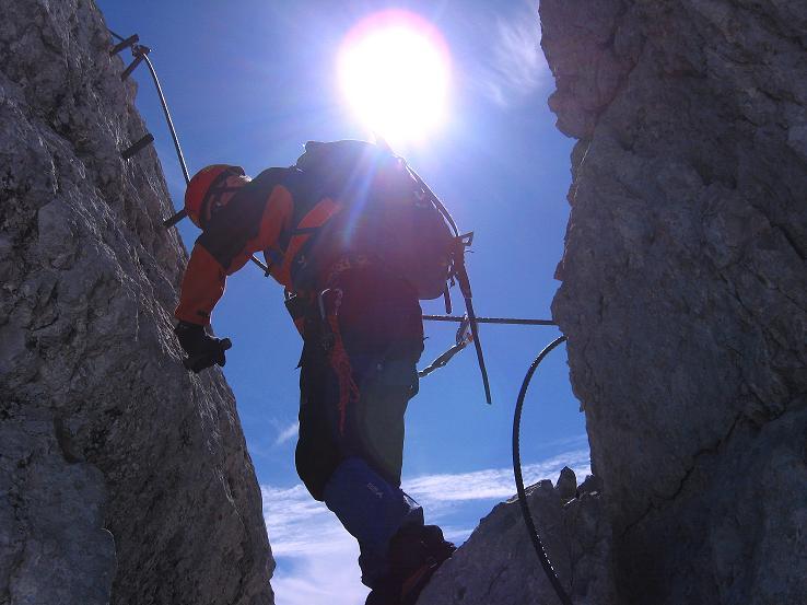 Foto: Andreas Koller / Klettersteig Tour / Westgrat Koppenkarstein neu (2865 m) / Schwierigere Passage am W-Grat im Abstieg / 28.09.2007 19:45:31