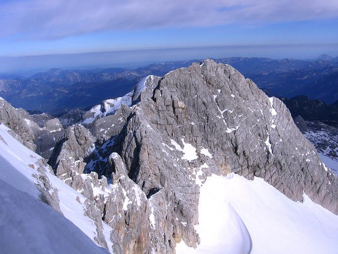 Foto: Andreas Koller / Wander Tour / Hoher Dachstein und Windlegerscharte (2996 m) / Blick vom Anstieg nach W / 01.10.2007 19:38:27