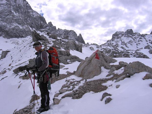 Foto: Andreas Koller / Wander Tour / Hoher Dachstein und Windlegerscharte (2996 m) / N-seitiger Anstieg in die Windlegerscharte / 01.10.2007 19:29:41