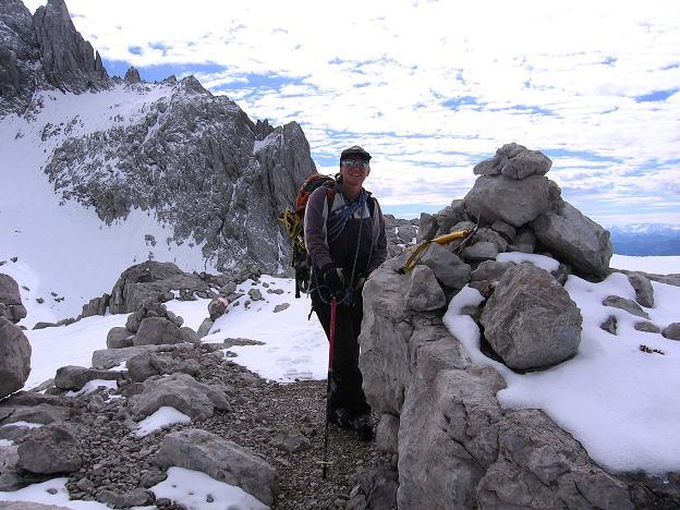 Foto: Andreas Koller / Wander Tour / Hoher Dachstein und Windlegerscharte (2996 m) / In der Windlegerscharte / 01.10.2007 19:28:11