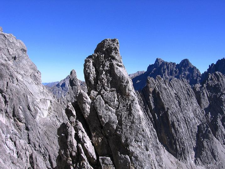 Foto: Andreas Koller / Klettersteig Tour / Steinsee Klettersteig (2650 m) / Bizarre Felsformationen um den Spiehlerturm / 09.10.2007 01:49:55