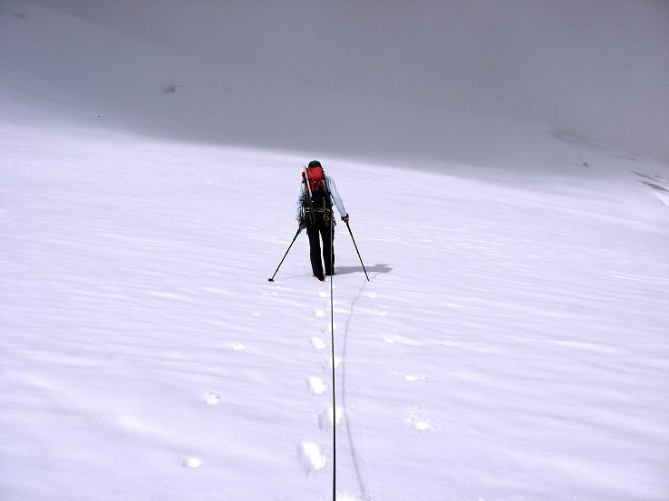 Foto: Andreas Koller / Wander Tour / Grattour vom Silvrettahorn zur Schneeglocke (3244 m) / Aufstieg in die Egghornlücke / 12.10.2007 00:29:06