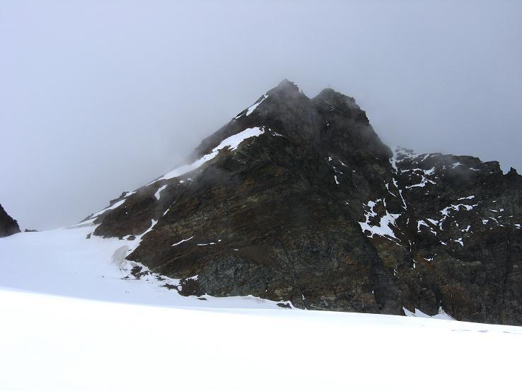 Foto: Andreas Koller / Wander Tour / Grattour vom Silvrettahorn zur Schneeglocke (3244 m) / Silvrettahorn mit S-Grat / 12.10.2007 00:28:26