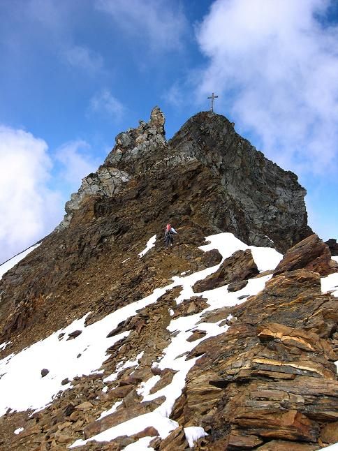 Foto: Andreas Koller / Wander Tour / Grattour vom Silvrettahorn zur Schneeglocke (3244 m) / S-Grat am Silvrettahorn / 12.10.2007 00:26:08