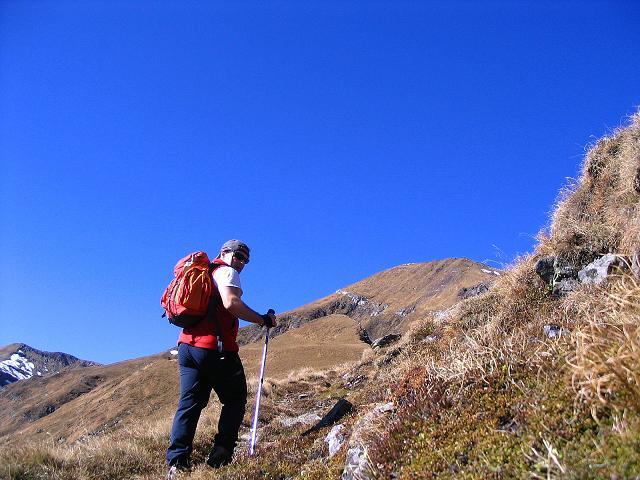 Foto: Andreas Koller / Wander Tour / Aus dem Schöttlgraben auf den Hohenwart (2363 m) / Annäherung an die Gipfelflanke / 17.10.2007 02:26:07