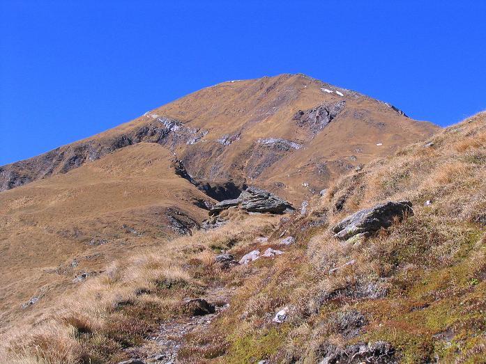 Foto: Andreas Koller / Wander Tour / Aus dem Schöttlgraben auf den Hohenwart (2363 m) / Der Hohenwart von SO / 17.10.2007 02:25:47