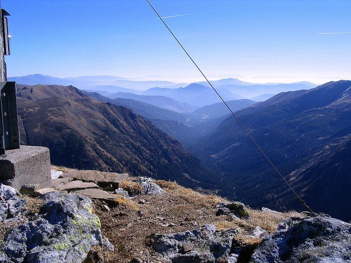 Foto: Andreas Koller / Wander Tour / Aus dem Schöttlgraben auf den Hohenwart (2363 m) / Der Blick vom Gipfel nach S / 17.10.2007 02:22:04