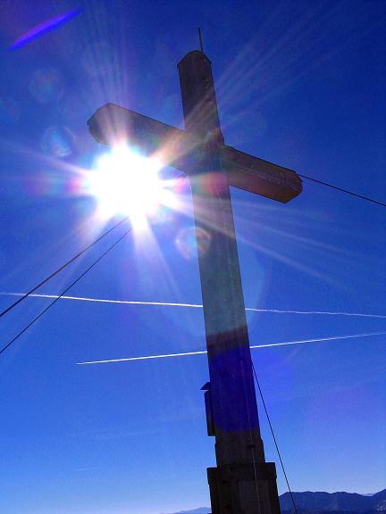 Foto: Andreas Koller / Wander Tour / Aus dem Schöttlgraben auf den Hohenwart (2363 m) / Gipfelkreuz am Hohenwart / 17.10.2007 02:20:51