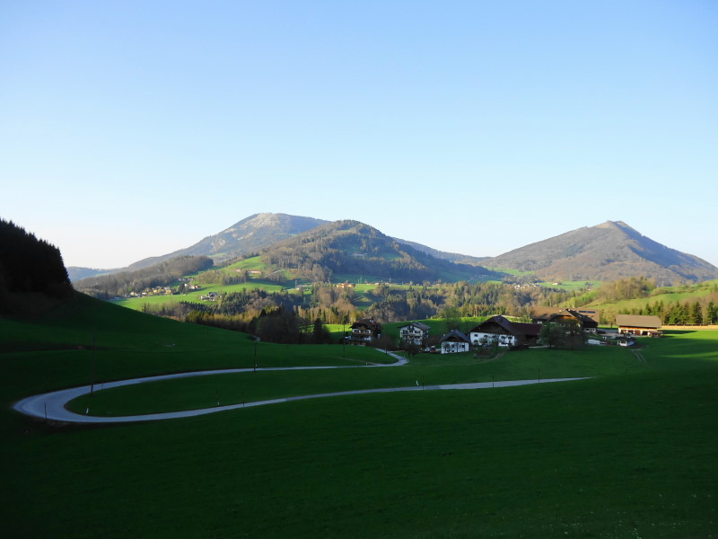 Foto: Günter Siegl / Wander Tour / Über den Hengstberg auf den Mühlstein / Blick auf Gurlspitze und Gaisberg / 04.05.2017 20:36:34