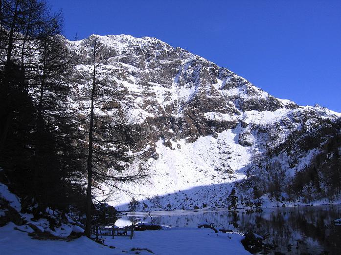 Foto: Andreas Koller / Wander Tour / Lanschitzseen und Hasenhöhe (2446 m) / Der Untere Lanschitzsee mit Schöneck (2540 m) / 30.10.2007 04:42:01