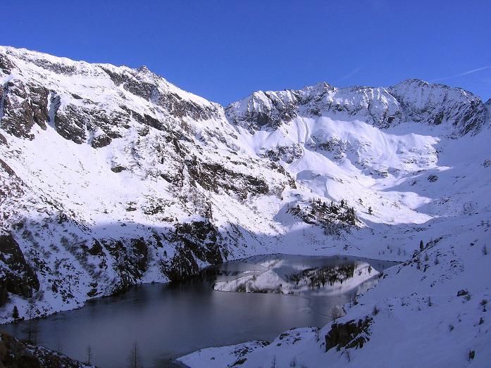 Foto: Andreas Koller / Wander Tour / Lanschitzseen und Hasenhöhe (2446 m) / Mittlerer Lanschitzsee gegen Bockleiteck (2515 m) / 30.10.2007 04:40:44