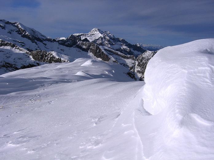 Foto: Andreas Koller / Wander Tour / Lanschitzseen und Hasenhöhe (2446 m) / Blick von der W-Flanke der Hasenhöhe zur Hochwildstelle (2747 m) / 30.10.2007 04:34:22