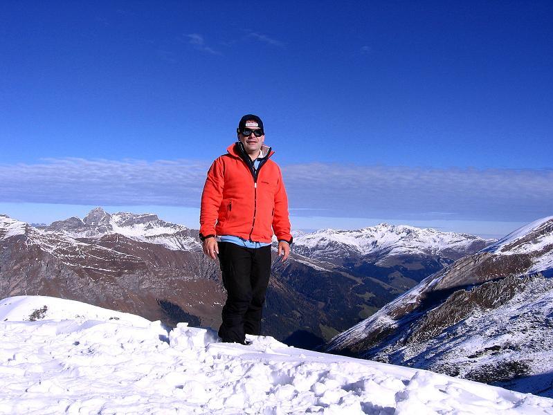 Foto: Andreas Koller / Ski Tour / Tuxer Eingehtour auf zwei Dreitausender (3288 m) / Beim Tuxer Ferner Haus / 03.11.2007 22:33:28