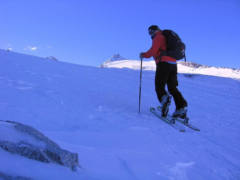 Foto: Andreas Koller / Ski Tour / Tuxer Eingehtour auf zwei Dreitausender (3288 m) / Anstieg am Tuxer Ferner / 03.11.2007 22:33:02