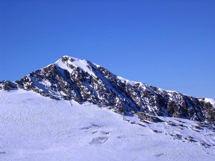 Foto: Andreas Koller / Ski Tour / Tuxer Eingehtour auf zwei Dreitausender (3288 m) / Blick über den Tuxer Ferner auf den Kleinen Kaserer (3093 m) im W / 03.11.2007 22:31:57