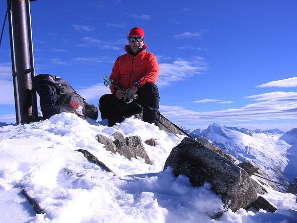Foto: Andreas Koller / Ski Tour / Tuxer Eingehtour auf zwei Dreitausender (3288 m) / Am Gipfel der Gefrorenen Wand Spitze / 03.11.2007 22:27:58