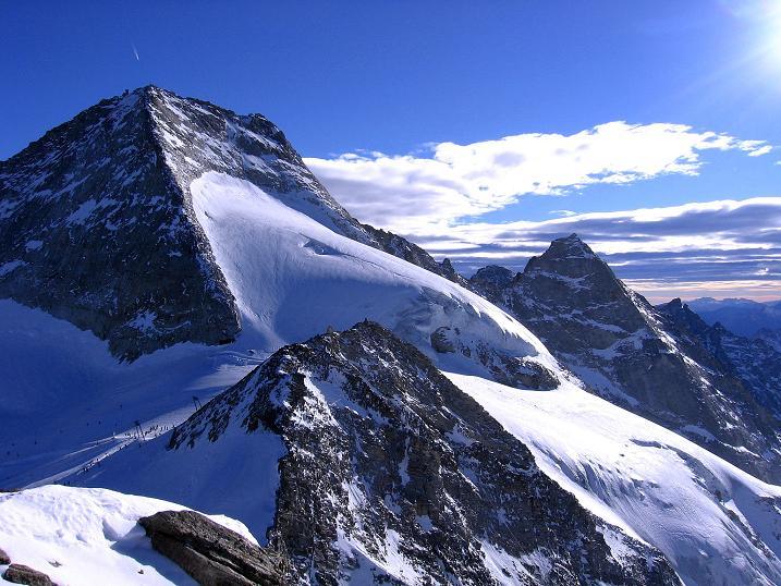 Foto: Andreas Koller / Ski Tour / Tuxer Eingehtour auf zwei Dreitausender (3288 m) / Olperer (3476 m) und Fußstein (3380 m) vom Großen Kaserer / 03.11.2007 22:22:51