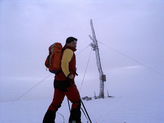 Foto: Andreas Koller / Ski Tour / Kreischberger Kammtour (2172m) / Gipfelkreuz auf der Rosenkranzhöhe / 11.12.2007 03:17:10