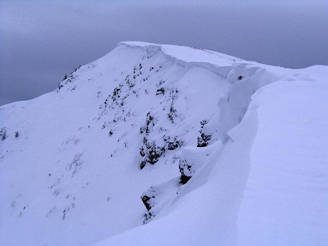 Foto: Andreas Koller / Ski Tour / Kreischberger Kammtour (2172m) / Gipfelwächte am Goldachnock / 11.12.2007 03:13:25