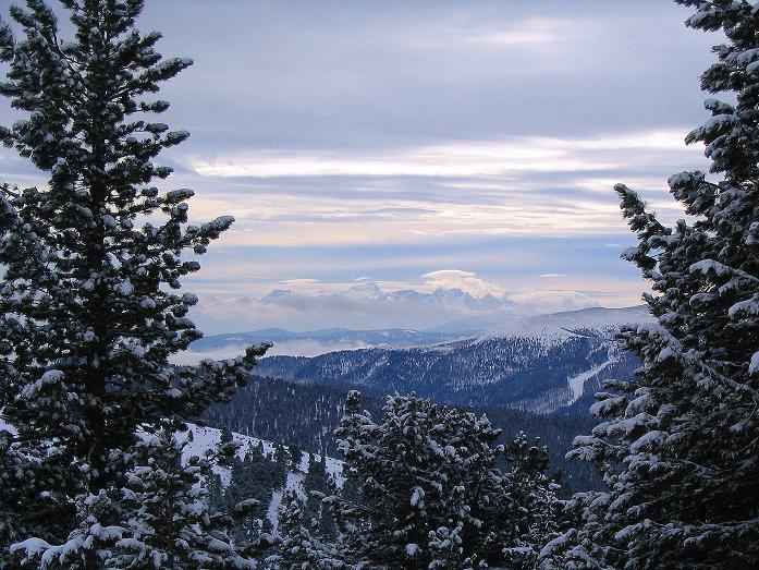 Foto: Andreas Koller / Ski Tour / Kreischberger Kammtour (2172m) / Blick vom Schattloch nach SW zu den Gipfeln der julischen Alpen / 11.12.2007 03:11:35