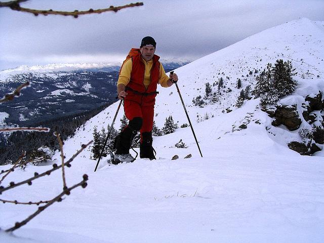 Foto: Andreas Koller / Ski Tour / Kreischberger Kammtour (2172m) / Kurz oberhalb des Schattlochs / 11.12.2007 03:11:04