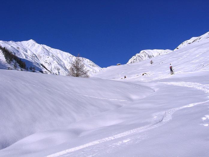 Foto: Andreas Koller / Ski Tour / Geheimtipp Zanderstal und Hinteres Kreuzjoch (2853m) / Das weite Zanderstal / 18.12.2007 22:07:03