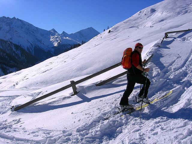 Foto: Andreas Koller / Ski Tour / Geheimtipp Zanderstal und Hinteres Kreuzjoch (2853m) / Anstieg bei der Fließer Kuhalpe / 18.12.2007 22:04:31