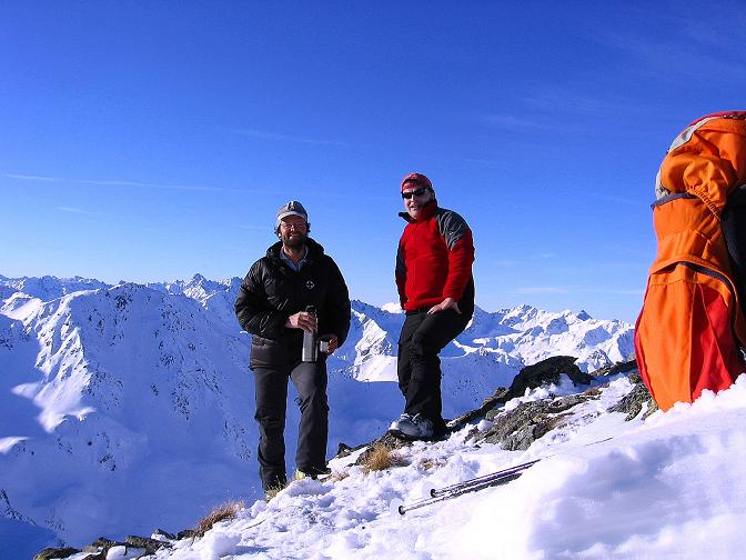 Foto: Andreas Koller / Ski Tour / Geheimtipp Zanderstal und Hinteres Kreuzjoch (2853m) / Gipfelfreuden am Hinteren Kreuzjoch / 18.12.2007 21:52:05