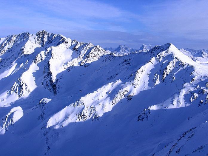 Foto: Andreas Koller / Ski Tour / Geheimtipp Zanderstal und Hinteres Kreuzjoch (2853m) / Ein letzter Blick auf den  Gmairerkopf (2914 m) und den Hexenkopf (3035 m) / 18.12.2007 21:51:25