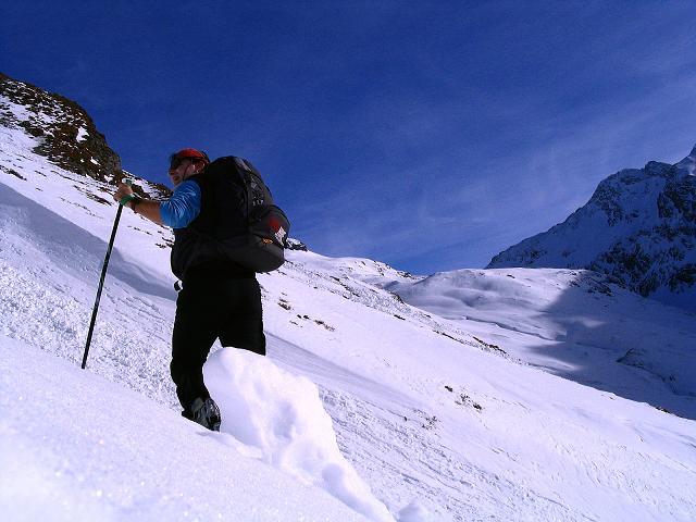 Foto: Andreas Koller / Ski Tour / Durch das Weißenbachtal auf den Kreuzkogel (2686m) / Anstieg in der Rinne / 24.12.2007 05:08:30