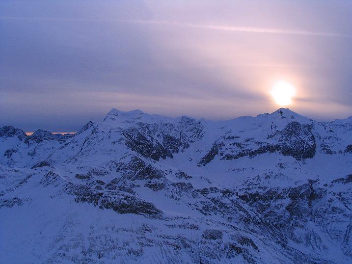 Foto: Andreas Koller / Ski Tour / Durch das Weißenbachtal auf den Kreuzkogel (2686m) / Stimmungsvolle Goldberggruppe / 24.12.2007 05:01:29