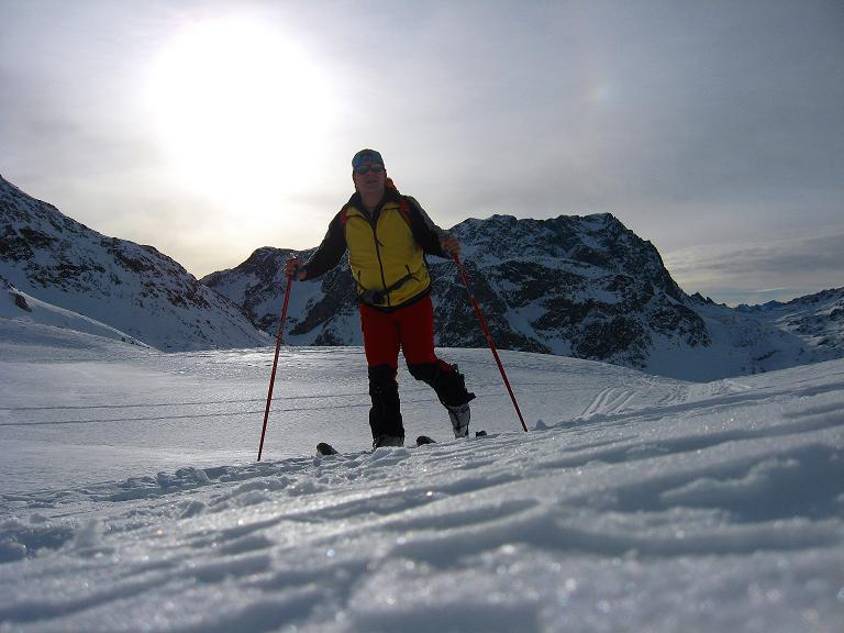 Foto: Andreas Koller / Ski Tour / Piz Surgonda (3197m) - Traumtour über dem Julierpass / Anstieg mit Piz Polaschin (3013 m) im Hintergrund / 27.12.2007 21:06:13