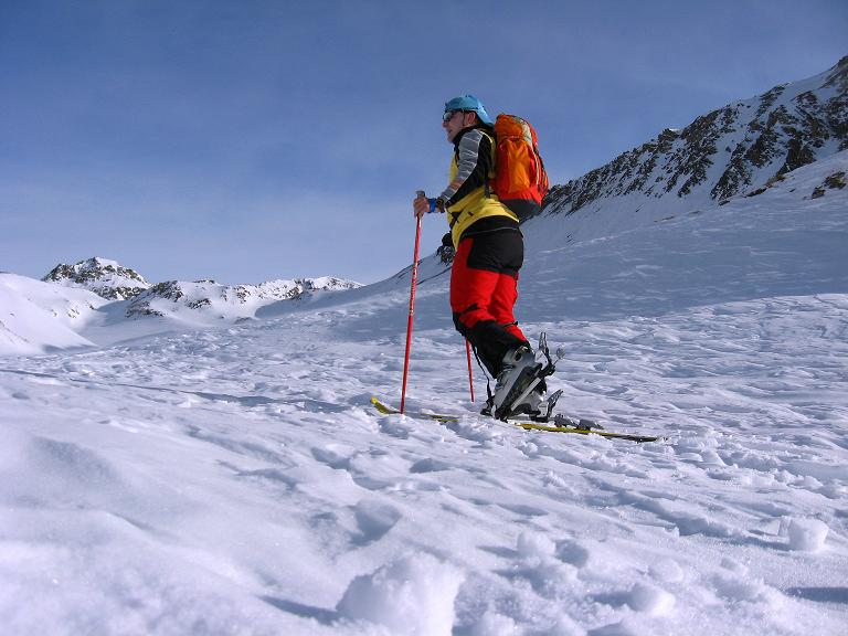 Foto: Andreas Koller / Ski Tour / Piz Surgonda (3197m) - Traumtour über dem Julierpass / Anstieg in einem romantischen Tälchen / 27.12.2007 21:05:01