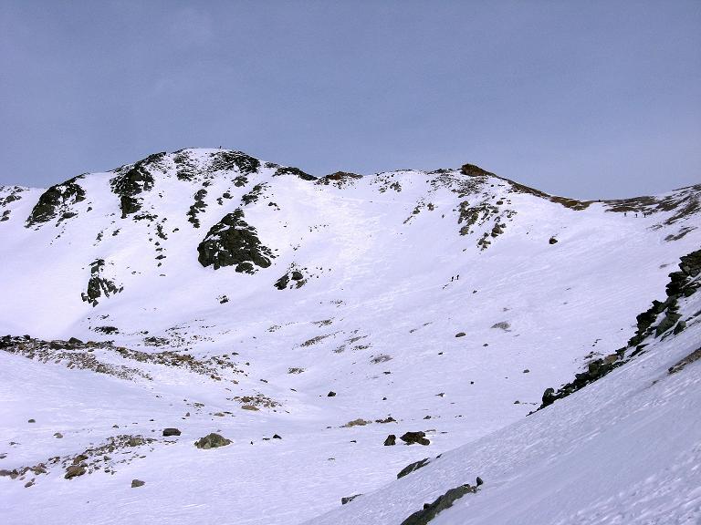 Foto: Andreas Koller / Ski Tour / Piz Surgonda (3197m) - Traumtour über dem Julierpass / Der Piz Surgonda mit seiner S-Flanke / 27.12.2007 20:55:48