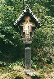 Foto: Wolfgang Dröthandl / Wander Tour / Sonnengesangsweg - Reintalwasserfälle / Kreuz von San Damiano, oberhalb des obersten Wasserfalls / 26.01.2011 13:30:47