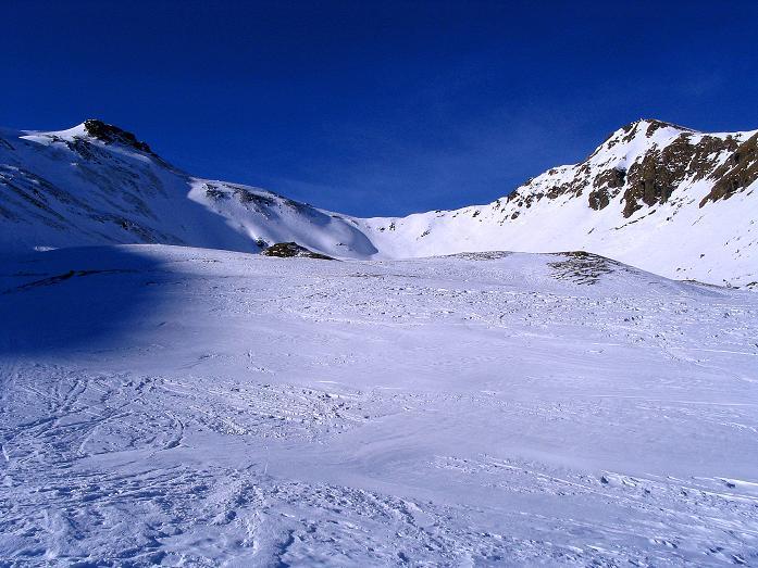Foto: Andreas Koller / Ski Tour / Aus dem Scharnitzgraben auf den Großhansl (2315m) / Der Talschluss des Weittals / 29.12.2007 16:53:42