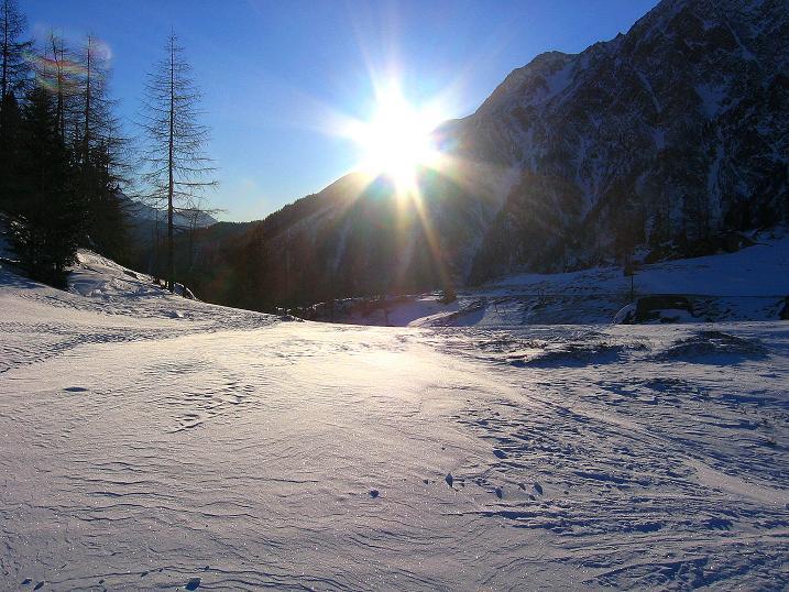 Foto: Andreas Koller / Ski Tour / Hagener Hütte und Greilkopf (2581m) / Bei der Jamnighütte (1745 m) / 03.01.2008 18:00:12