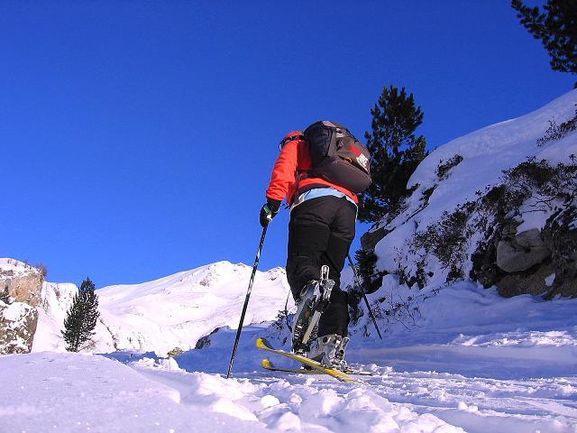 Foto: Andreas Koller / Ski Tour / Hagener Hütte und Greilkopf (2581m) / Der Hagener Hütte und dem Greilkopf entgegen / 03.01.2008 17:59:30